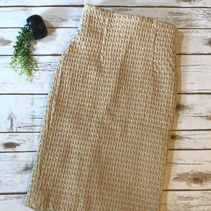 H&M tan women's fitted pencil skirt size 6 bottom